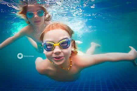 """【暑期盛夏,""""泳""""往直前!】betway体育注册西汉姆betway88必威app少儿暑期泳池兴趣班招生啦!"""